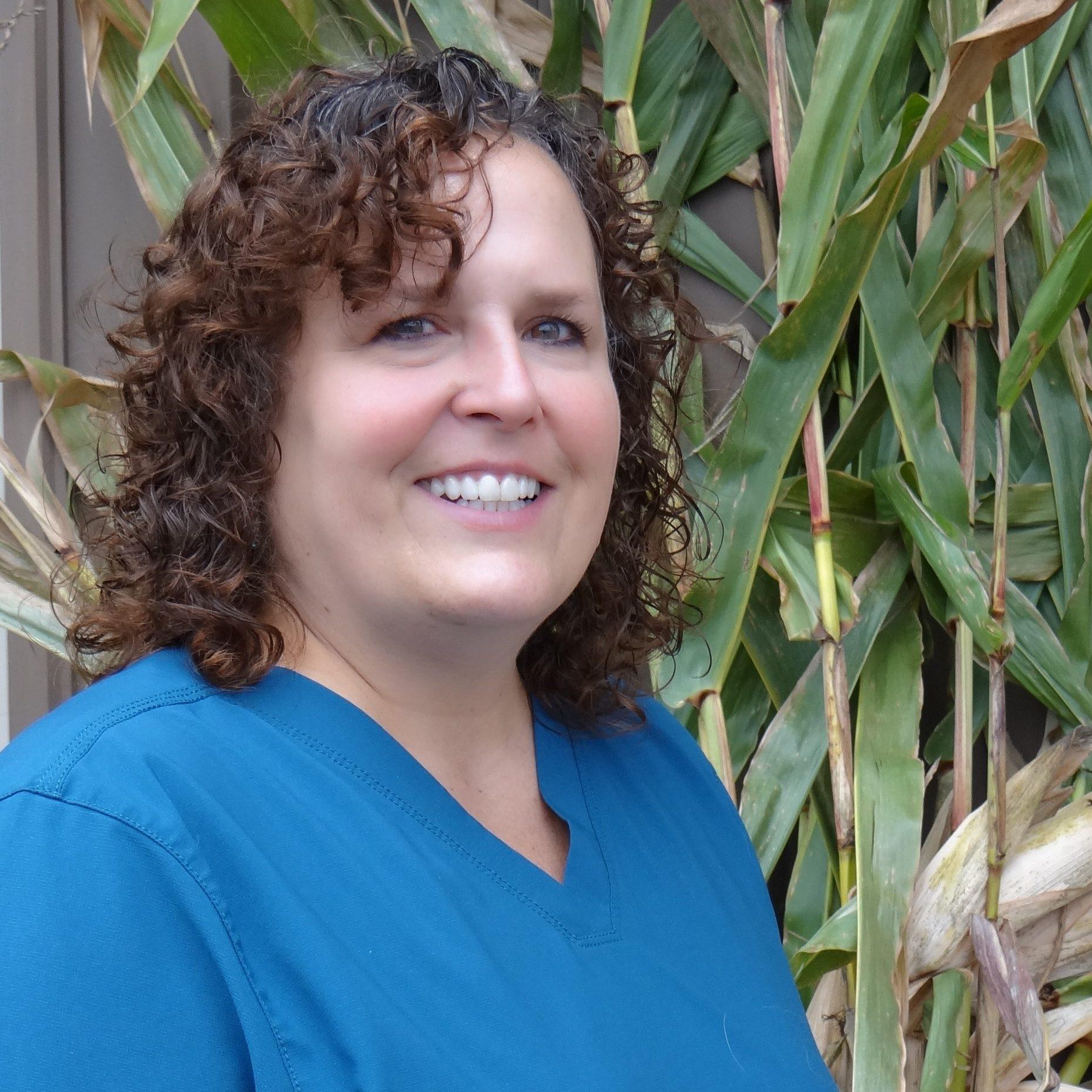 Veterinarian Danielle Johnson, Homestead Veterinary Clinic, Baldwin, Wisconsin